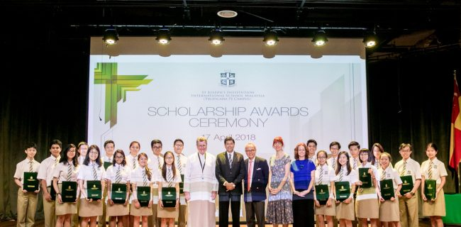 SJIIM celebrates its second batch of IBDP Scholars