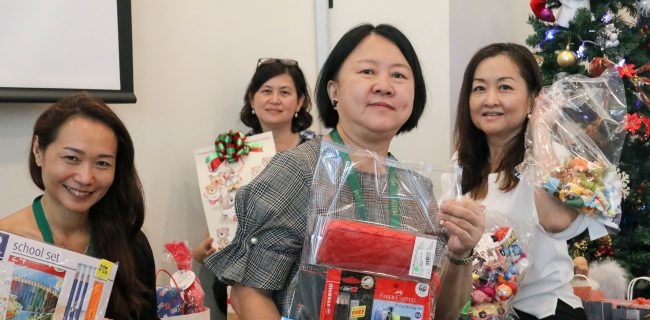 SJIIM Spreads Christmas Cheer to La Salle Pouthum School Cambodia