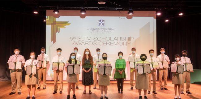 SJIIM hosts first FB Live Scholarship Awards Ceremony